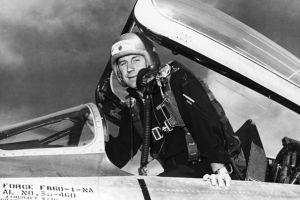 Primii piloţi de vânătoare: fără paraşută