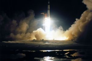 Astronauţii prgătiţi pentru expediţia pe Lună, nu aveau asigurare de viaţă
