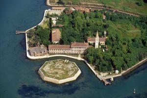 Insula Poveglia este bântuită?