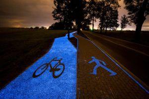 Trasee luminescente colorează un oraş din Polonia