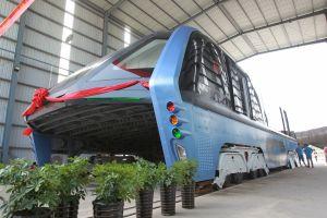 Autobuzul futurist al Chinei pare a fi un eşec
