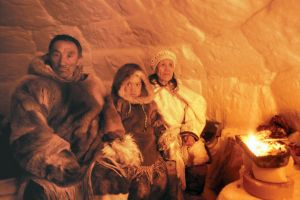 În câte cuvinte pot numi zăpada eschimoşii?
