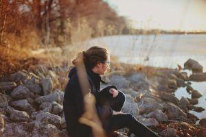 Singurătatea este mai periculoasă decât obezitatea