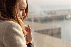 Vârsta depresiei: la 44 de ani suntem cei mai nefericiţi