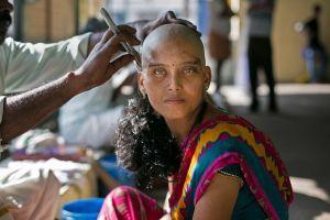 Secretul părului din spatele templelor indiene